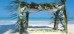 Breezes beach