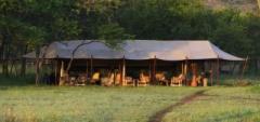 The main area at Dunia Camp