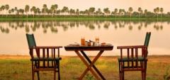 Selous Impala Camp - bush breakfast