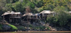 Mivumo Lodge - from the river