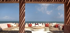 Qambani - Lounge area in the sun