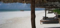 Sunshine Hotel - Beach