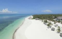 Kono Kono - White sand beach